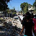 Marche commémorative du séisme organisée par les groupes de femmes